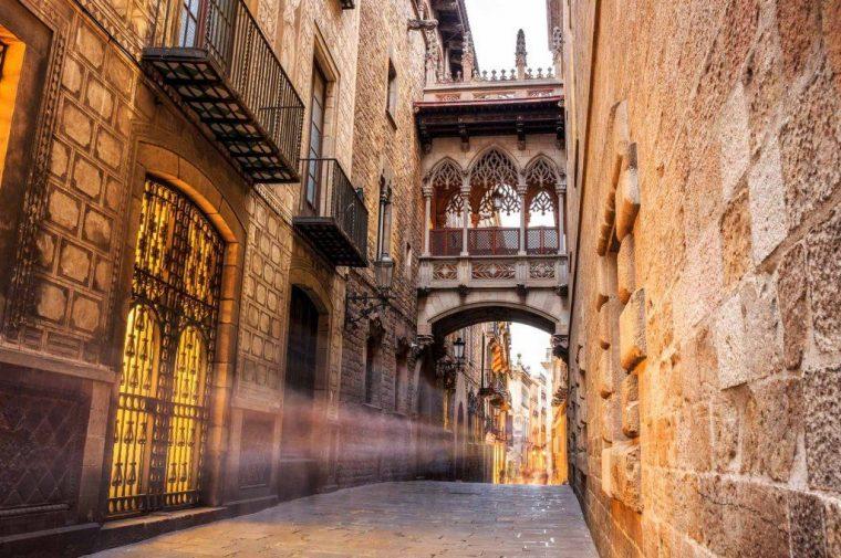 gothico_barcelona_by_segway-1024x680